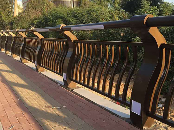高架桥声屏障安装后有缝隙该如何处理